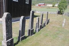 dag32, vakantie 2018, 29-7-18_1170 (leoval283) Tags: flesberg staafkerk stavkirke omheining graniet begraafplaats noorwegen norway 2018 holiday vakantie