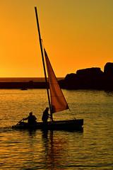 l'heure du retour (eric-foto) Tags: porsguen portdeporsguen plouescat sunset boat littoral bretagne breizh brittany bzh pennarbed finistère nikond800