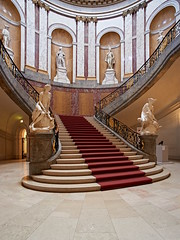 Bode-Museum (staetebau) Tags: deutschland germany berlin museumsinsel museumisland bodemuseum indoor architektur architecture innenraum interieur interior haupttreppe staircase