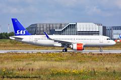 D-AUBC / EI-SIG Airbus A320-251N msn 8333 SAS (DigitalAirliners.com) Tags: daubc eisig airbus a320251n 8333 sas xfw