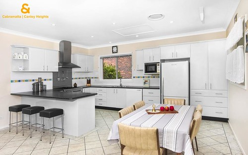 3 Hobart Pl, Wakeley NSW 2176
