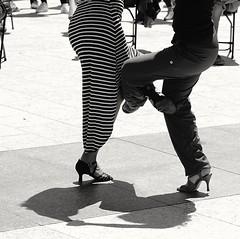 Tango SF (勇 YoungAdventure) Tags: san francisco サンフランシスコ 샌프란 시스코 舊金山 nikonnikkorpc105mmf25 nikkor105mmf25 sf unionsquare ybgfestival tango dance dancer milonga crazytuesdaytheme 7dwf entwined