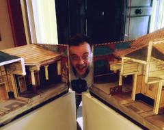 Vincenzo archeologico (Colombaie) Tags: gita napoli antonio amico scatto ritratto io maschio uomo mann museoarcheologiconazionaledinapoli spaccato romana diorama ercolanoepompeivisionidiunascoperta domus life