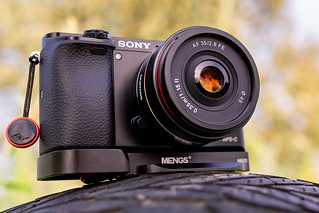 SONY ⍺6000 with Samyang AF 35mm ƒ/2.8 FE seen by SONY ⍺7III with Samyang AF 35mm ƒ/1.4 FE