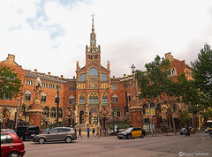 2530  Hospital de San Pablo, Barcelona (Ricard Gabarrús) Tags: casa modernismo calle hospitaldesanpablo plaza ricardgabarrus ricgaba olympus