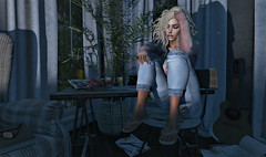Big Girls Cry (amberscott4) Tags: music sia man woman red flower white night blue art paint light pink house moon cry sad love hate addams truth catwa reign applefall sways zerkalo lumipro portrait
