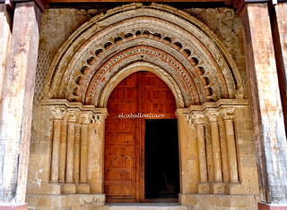 586 - Portada - Iglesia Ntra Sra de la Asunción – Castillejo de Robledo (Soria) - Spain.