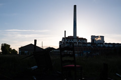 Alone (alex bo.) Tags: usine factory beghinsay nantes fuji fujifilm xt20 sunset cheminée ombre shadow contrast