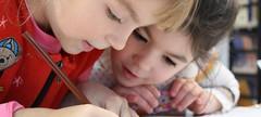 """Tout savoir sur le nouveau Plan pour l'Autisme 2018 – 2022 (HopToys) Tags: après une période d'étude et de concertation neuf mois le gouvernement dévoile quatrième plan autisme renommé """"stratégie nationale pour l'autisme au sein des troubles du neurodéveloppement"""" la 20182022 articulée autour 5 engagements déployée en 20 principales mesures cette stratégie entend répondre aux attentes familles acteurs concernés …"""
