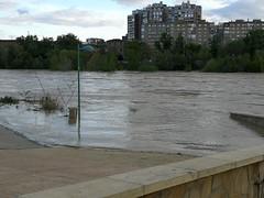 IMG_20180412_192614 (Fotografías Gaby) Tags: rioebro ebro zaragoza crecida extraordinaria riada rio españa aragón