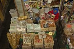 """INDONESIEN, Java, Auf dem Gewürzmarkt in Yogyakarta, Eier,  17330/9872 (roba66) Tags: reisen travel explorevoyages urlaub visit roba66 asien südostasien asia eartasia """"southeastasia"""" indonesien indonesia """"republikindonesien"""" """"republicofindonesia"""" indonesiearchipelago inselstaat java yogyakarta markt market gewürzmarkt obst eggs eier gewürze"""