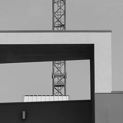 Senza fronzoli. No frills B&W ( Un futuro austero/A stern future) (sandroraffini) Tags: austero stern futuro future minimalismo minimalism abstract reality urban fragments dettagli esplorazione exoloration geometry geometria bw canon eos80d 70200 slazzarodisavena bologna sandroraffini obliquo squared details architettura architecture quadrato essenziale essential metal frame struttura metallica