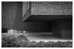 AZ Monica. Deurne, Belgium ( Hospital ) (whootzs) Tags: azmonica architectuur hoekskesenkantjes deurne begium architecture lines dark fujix100t