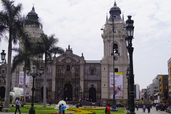 La Catedral de Lima (Suzanne's stream) Tags: catedral cathedral dom lima katholisch altstadt oldcity peru historic historisch
