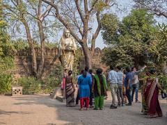 LR Madhya Pradesh 2018-2240492 (hunbille) Tags: birgittemadhyapradesh20182lr india madhya pradesh madhyapradesh maheshwar ahilyabai ahilya fort palace rajwada chattri devi statue