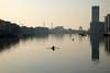 109/365 (Chris Grabert) Tags: berlin friedrichshain spree gegenlicht ruderer fuji