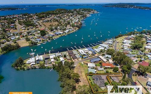 4 Earswick Cr, Buttaba NSW 2283