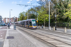 LUAS TRAM STOP AT ST. STEPHEN'S GREEN [GREEN LINE SERVICE]-139070 (infomatique) Tags: luas tram tramstop publictransport ststephensgreen streetsofdublin lightrail williammurphy infomatique fotonique excellentstreetimages sony a7riii