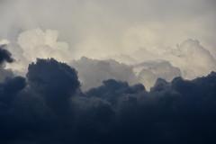 DSC_0562 (griecocathy) Tags: nuage ciel blanc gris bleutée sombre clair nuance forme
