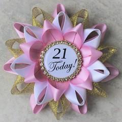 Planning a 21st birthday? https://t.co/8FljhUU8no #birthday #gift #partyplanning #birthdayparty #party #girl #gifts https://t.co/oDVTF5SGVj (petalperceptions.etsy.com) Tags: etsy gift shop fashion jewelry cute