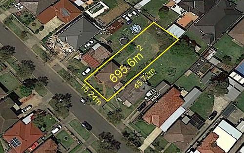 32 Petunia Av, Bankstown NSW 2200