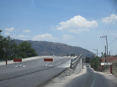 Highway overpass under construction near El Arenal, Mexico (Paul McClure DC) Tags: elarenal mexico jalisco apr2018 tequilacountry architecture