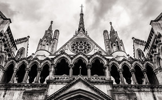 London - The Royal Courts of Justice (RCJ) Strand (Monochrome - Tinted) (Fujifilm X100F)
