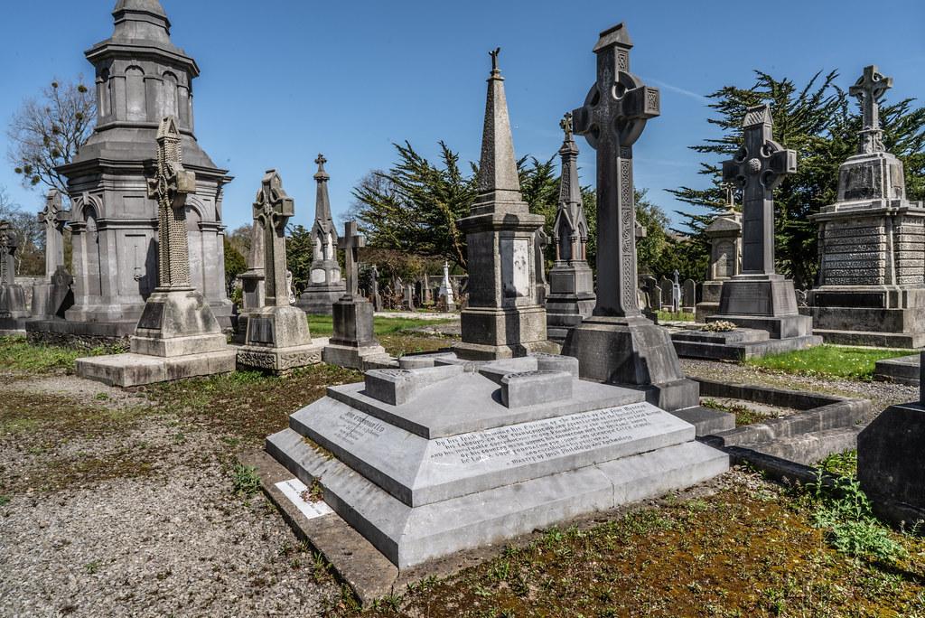 JOHN O'DONOVAN AN IRISH SCHOLAR [BURIED IN GLASNEVIN CEMETERY DECEMBER 13 1861]-138853