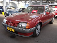 1986 Opel Rekord 2.0S (automatic) (Skitmeister) Tags: pg93dy car auto pkw voiture auction bca barneveld nederland netherlands skitmeister