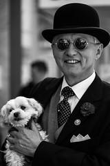 An englishman in trier.. (Black&Light Streetphotographie) Tags: mono monochrome menschen