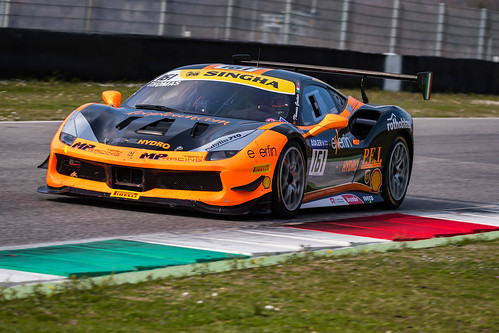 "Ferrari Challenge Mugello 2018 • <a style=""font-size:0.8em;"" href=""http://www.flickr.com/photos/144994865@N06/26932020077/"" target=""_blank"">View on Flickr</a>"