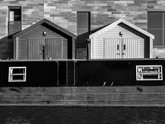 Union Canal Mono (roseysnapper) Tags: olympusmzuiko1442mmf3556 olympusomdem10ii silverefexpro20 unioncanal blackandwhite edinburgh canal longboat monochrome texture