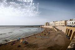 Summer in Gallipoli (cpphotofinish) Tags: centro storico di puglia apulia centrostorico bari itali italy canon cpphotofinish carstenpedersen canondslr canon5dmk3 square water weather eos5dmk3 tourist yellow usm image italia outdoor outside ocean photo panoramic panorama sky sunset dslr dark foto farger harbour july light landscape canonredlable canonef color canonmkiii clouds blue bluelight mklll carst1 beach duomo citywall night gallipoli ef1740mmf4lusm