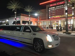 38 foot Cadillac Limousine, the longest limo I ever seen (Bob the Real Deal) Tags: huge long longest biggest fresno cool car big limo limousine