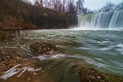 La corriente - The stream (teredura58) Tags: cascada waterfall corriente stream roca alavavision pedrosa de tobalina
