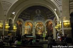 Lourdes 084-A (José María Gil Puchol) Tags: aquitaine autel basilique catholique cathédrale eau eaumiraculeuse fidèle france josémariagilpuchol lourdes messe paysbasque pélèrinage religion