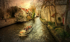 """""""The world is a book, and those who do not travel read only a page."""" - Saint Augustine (genevieve van doren) Tags: bruges brugge béguinage begijnhof boat bateau tourist touristes spring printemps"""