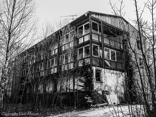 Lost Places Harz Ferienheim 042018 B&W 07