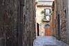 Orvieto (yonca60) Tags: orvieto italy street house oldstreets medieval medievaltownsofitaly calle sokak italya tuscany umbria narrowstreets window casa wall balcony