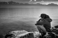 Réflexion au bord du lac. (esseiva.patrick) Tags: blackwhiteandgrey blackandwhite ouchy lausanne 1740mmf4 noiretblanc vaud lacléman suisse 7dmark2 canon