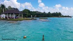 Bacalar Lagoon-Quintana Roo-Mexico (johnfranky_t) Tags: bacalar lsagoon quintana roo mexico messico johnfranky t samsung s7 acqua capanna amaca isola nuvole azzurro caraibi pali