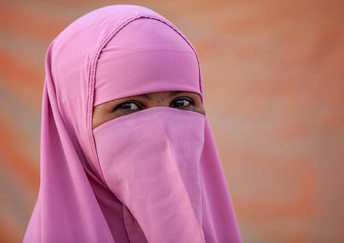 Portrait of a somali woman wearing a pink niqab, Woqooyi Galbeed region, Hargeisa, Somaliland