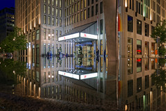 Berlin Marriott Hotel (Pascal Volk) Tags: berlin mitte tiergarten berlinmitte beisheimcenter marriotthotel langzeitbelichtung bulb longexposure largaexposición slowshutter spiegelung reflexion reflection reflexión reflejo réflexion wasserspiegelung reflexióndelagua waterreflection blauestunde dämmerung zwielicht bluehour horaazul lheurebleue twilight dusk wideangle weitwinkel granangular superwideangle superweitwinkel ultrawideangle ultraweitwinkel ww wa sww swa uww uwa spring frühling primavera architecture architektur arquitectura canoneos6d sigma24mmf14dghsm|art 24mmf14 24mmlens unpointquatre onepointfour 24mm manfrotto mt055xpro3 468mgrc2 dxophotolab