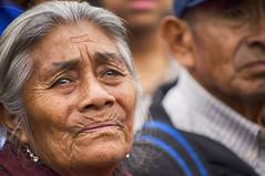 Esperanza (Angélica Díaz Cabrejos Photography) Tags: fe festival retratos rostros faces portrait streetstyle milagros church iglesia catolicismo canon 6d expresiones religión esperanza misterio