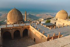 Zinciriye medresesi, Mardin (sdhaddow) Tags: mardin turkey mosque islamic architecture mesopotamia anatolia sunrise dome