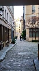 520 Paris en Février 2018 - Cour Damoye, Place de la Bastille (paspog) Tags: paris france février februar february 2018 courdamoye placedelabastille