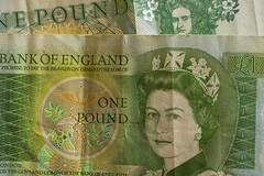 Macro Monday - Back In The Day (orangeade317) Tags: backintheday retro money pound cash macro monday queen one green bank note crown white dosh nikon close up
