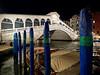 Rialto by night (Lollo [neon]) Tags: venezia venice italia italy rialto pontedirialto notte notturno ponte acqua canale