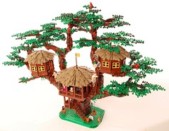 DSC_1123 (timstone2) Tags: lego moc afols swiss family robinson treehouse island disney movie lost minifigures legomoc legomocs parrot dog tree epic huge mocs legoafol afol legobuild legoart