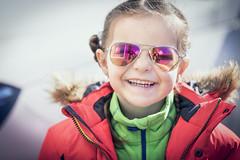 5V6A0478_red (Eivind Nielsen) Tags: sun easter påaske skudesnes sol glasses solbriller datter daughter girl smile